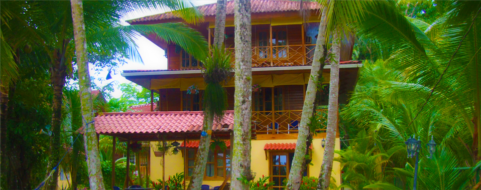 Tierra Verde Hotel — a family run bed and breakfast located on Carenero Cay
